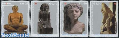 Sculptures 4v